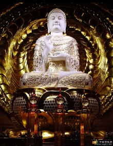 毗卢遮那佛--法身佛